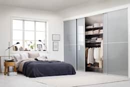 Dormitorios de estilo moderno de Elfa Deutschland GmbH